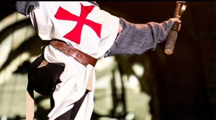 Proprio qui a Castignano, in queste piazze, militi e mercanti, contadini e nobili, concentravano i loro mestieri, per poter inviare aiuti in Terrasanta, che portavano sul posto direttamente i Templari, i famosi monaci guerrieri che proteggevano i più deboli.