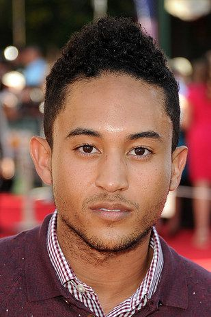 "| Tahj Mowry From ""Smart Guy"" Is All Grown Up And He Is Fine, Y'all"