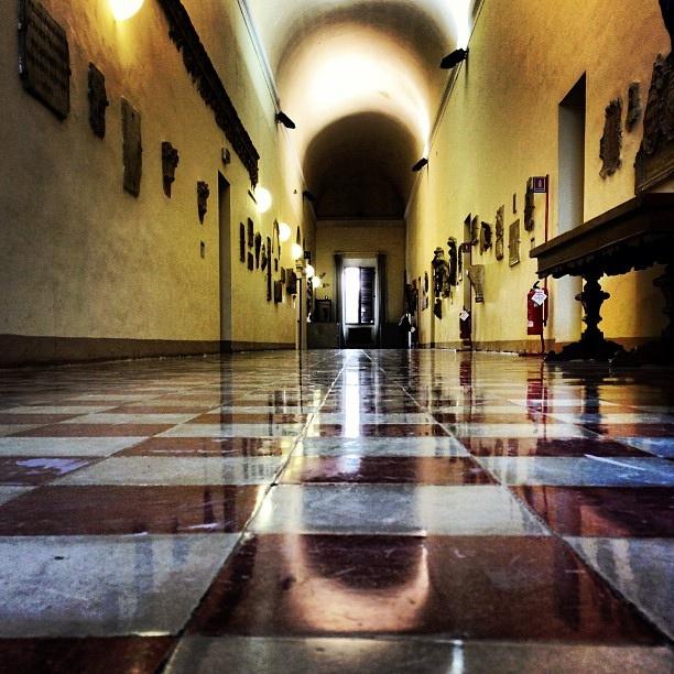 Ingresso alla Biblioteca Malatestiana di Cesena - @cinzia77spi by Turismo Emilia Romagna, via Flickr