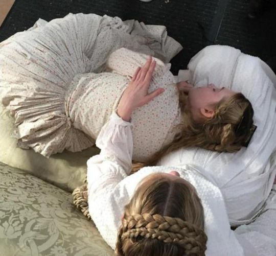 Elle Fanning and Kirsten Dunst on the set of Sofia Coppola's The Beguiled (2017)