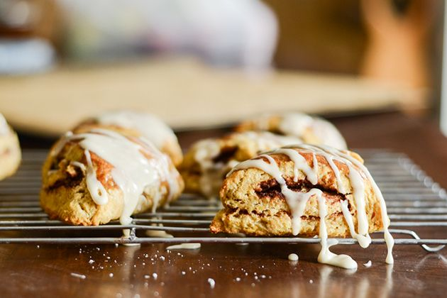 Pumpkin Cinnamon Roll Scones | breakfast and brunch | Pinterest