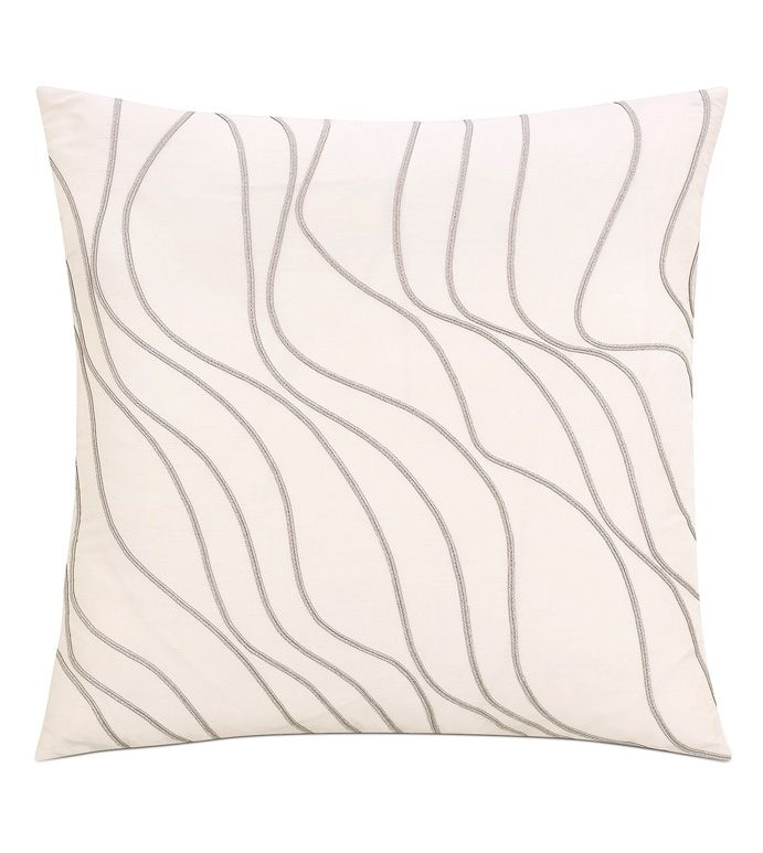Eastern Accents Isolde Decorative Pillow Pillows Decorative Patterns Red Decorative Pillows Pillows Decorative Diy