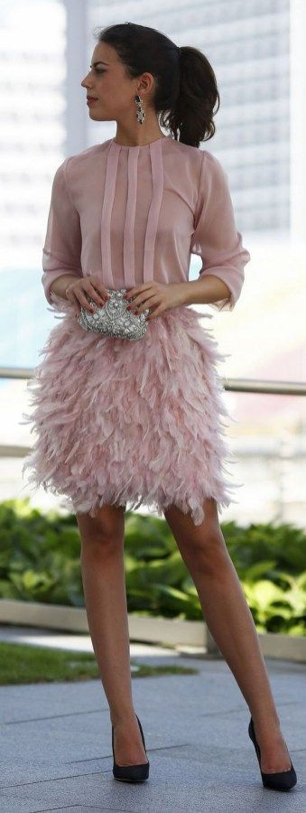 100 beautiful christmas party dresses ideas (16)