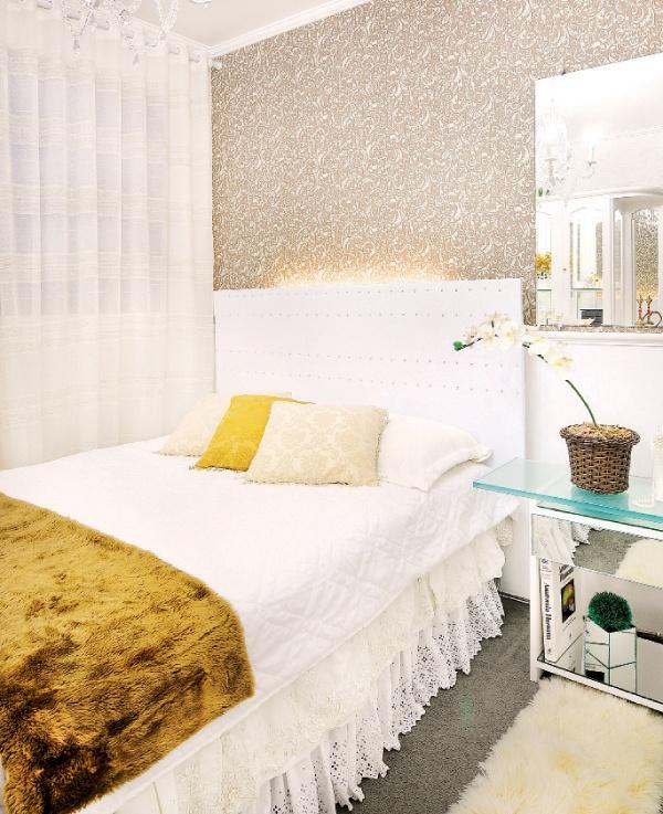 Cabeceira de cama restaurada