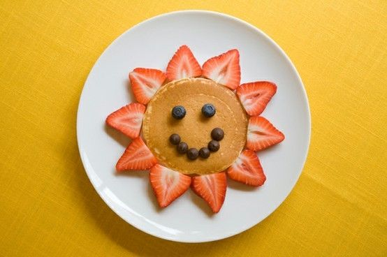 Flower Pancake. So simple to make and yet so cute.