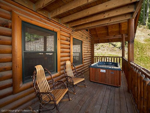 17 best images about gatlinburg honeymoon cabins on for Cabin in gatlinburg with hot tub