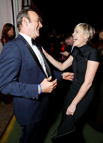 House of Laughs! The House of Cards costars, Kevin Spacey and Robin Wright, cracked up at the Netflix Emmy Party.