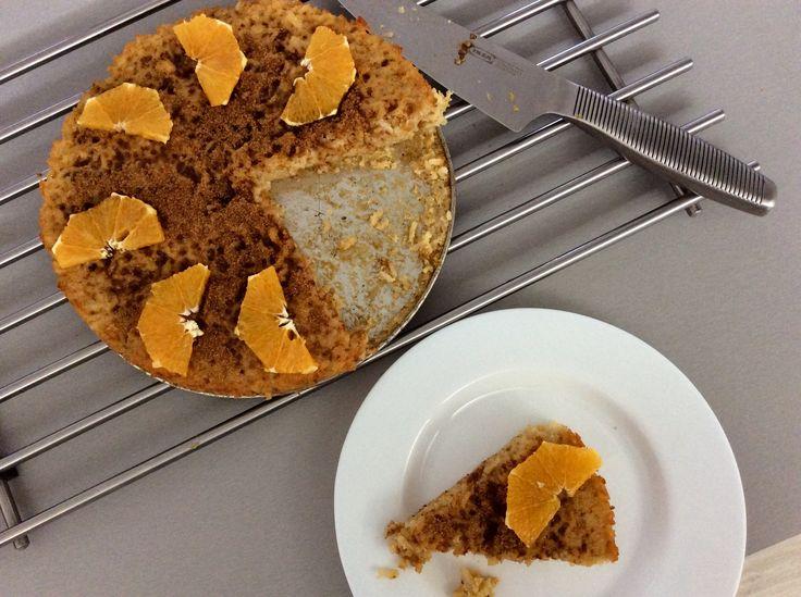 Rýže zapečená s vejci, pomerančovou šťávou a kůrou a kokosovým cukrem