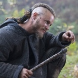 Ragnar - Vikings Pictures - History.com