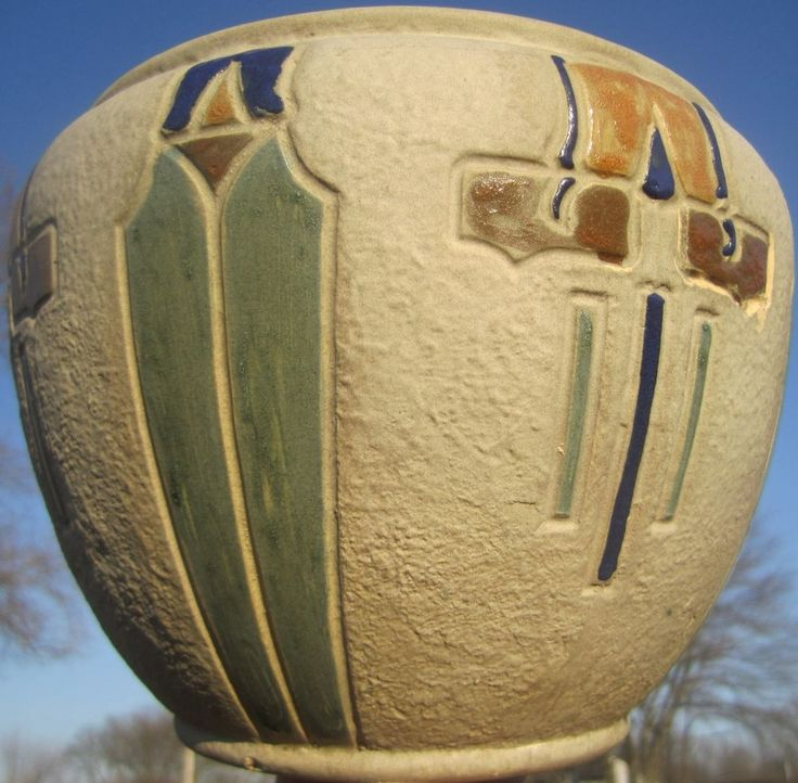 1915 arts crafts design roseville mostique art pottery for Arts and crafts pottery makers