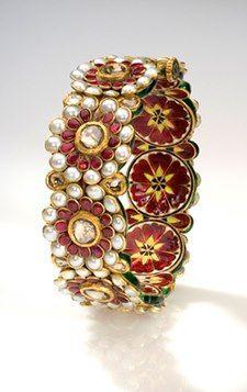 High-End Designer Jewellery from Sunita shekhawat Jaipur.for more visit:http://creativelycarvedlife.blogspot.in/