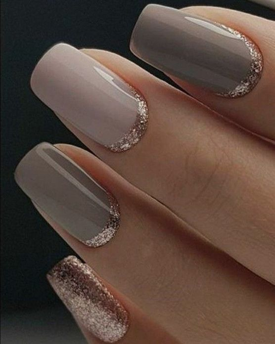 Simple but elegant mix and match nail polish ideas #nails #nailart #GelNailDesigns #NailPolish