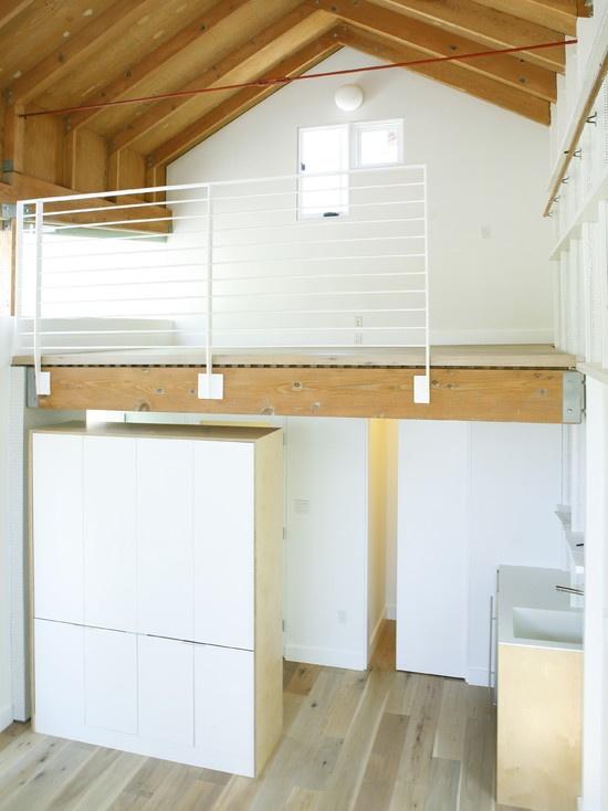 1000 ideas about garage loft on pinterest car garage. Black Bedroom Furniture Sets. Home Design Ideas