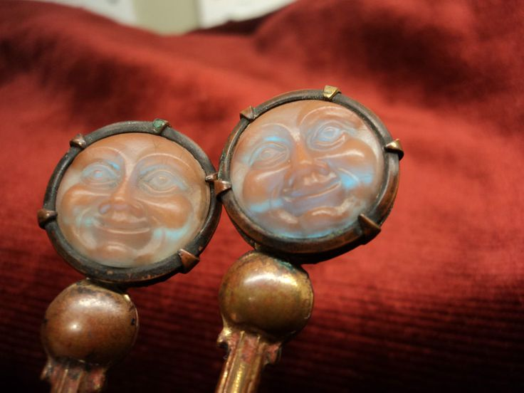 2 Antique Saphiret & Mother-of-Pearl Caviar Spoon s Moon Face