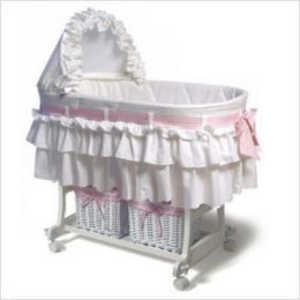 baby girl bassinet <3