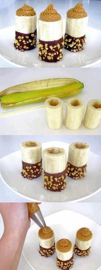 """un simple dessert autour de la banane:  couper le monceau central de la banane, et créer un trou à laide d""""un vide pomme. tremper une extremité dans du chocolat fondu (noir, au lait, blanc au choix) rouler la banane dans de la nougatine ou morceaux de noisettes. remplir le tout de beurre de cacahuète ou autre substance de votre choix (crème de marrons, yaourt, pâte à tartiner au spéculoos, nutella...)"""