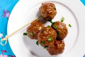 A Collection of the Best Meatball Recipes: Grape Jelly Meatballs Appetizer