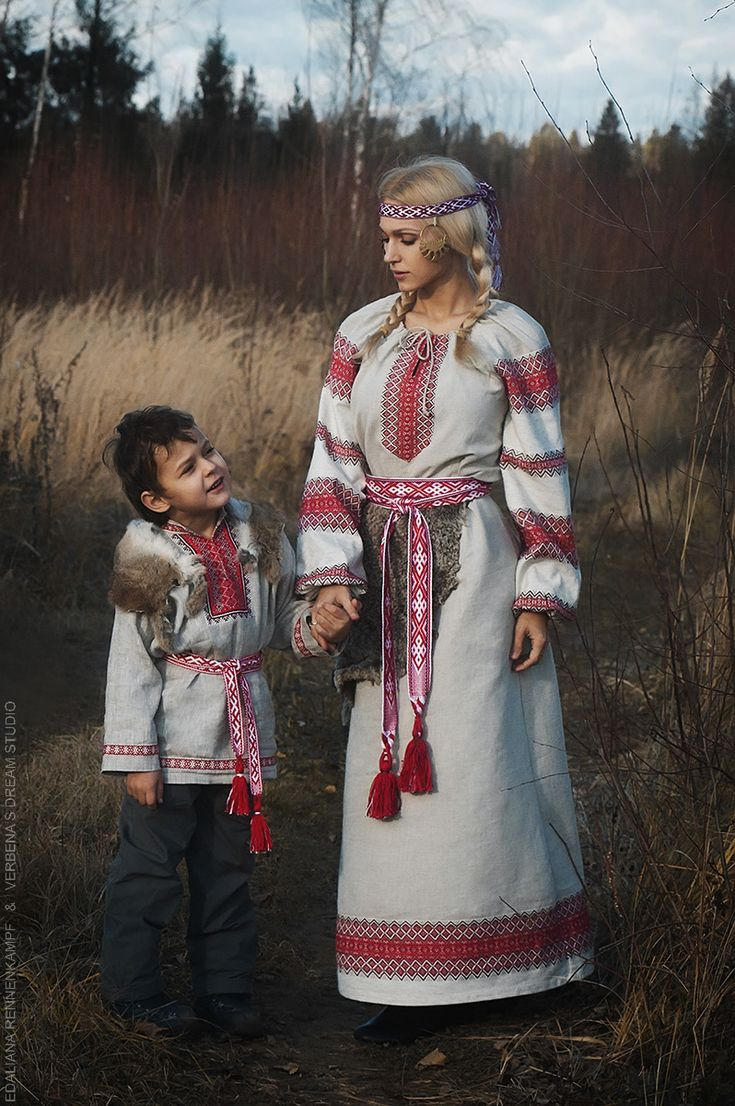 slavic warrior family women kid vyatich native ethnic