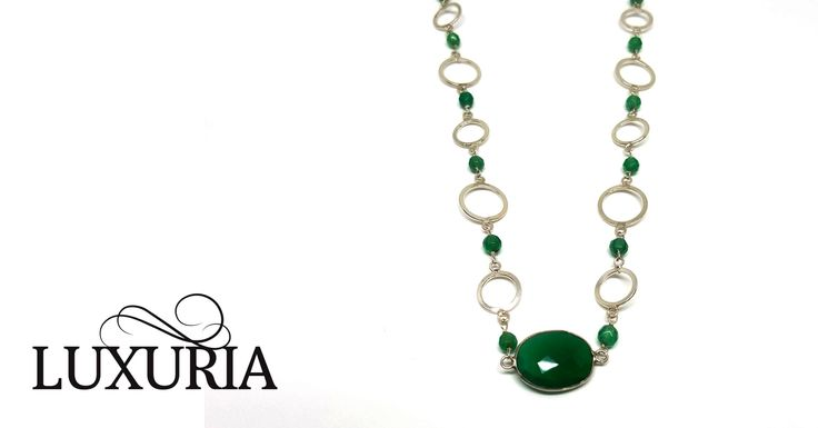 Green Onyx gemstone necklace from Luxuria jewellery a brand managed by Stylabs New Zealand.   https://www.stylabs.co.nz/shop/product/Barelet/12742.aspx