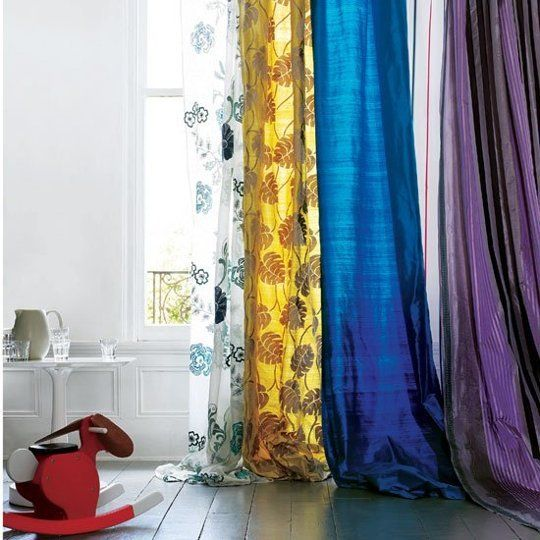 Mastering Mismatched Curtains: A Guide to the Perfectly Imperfect