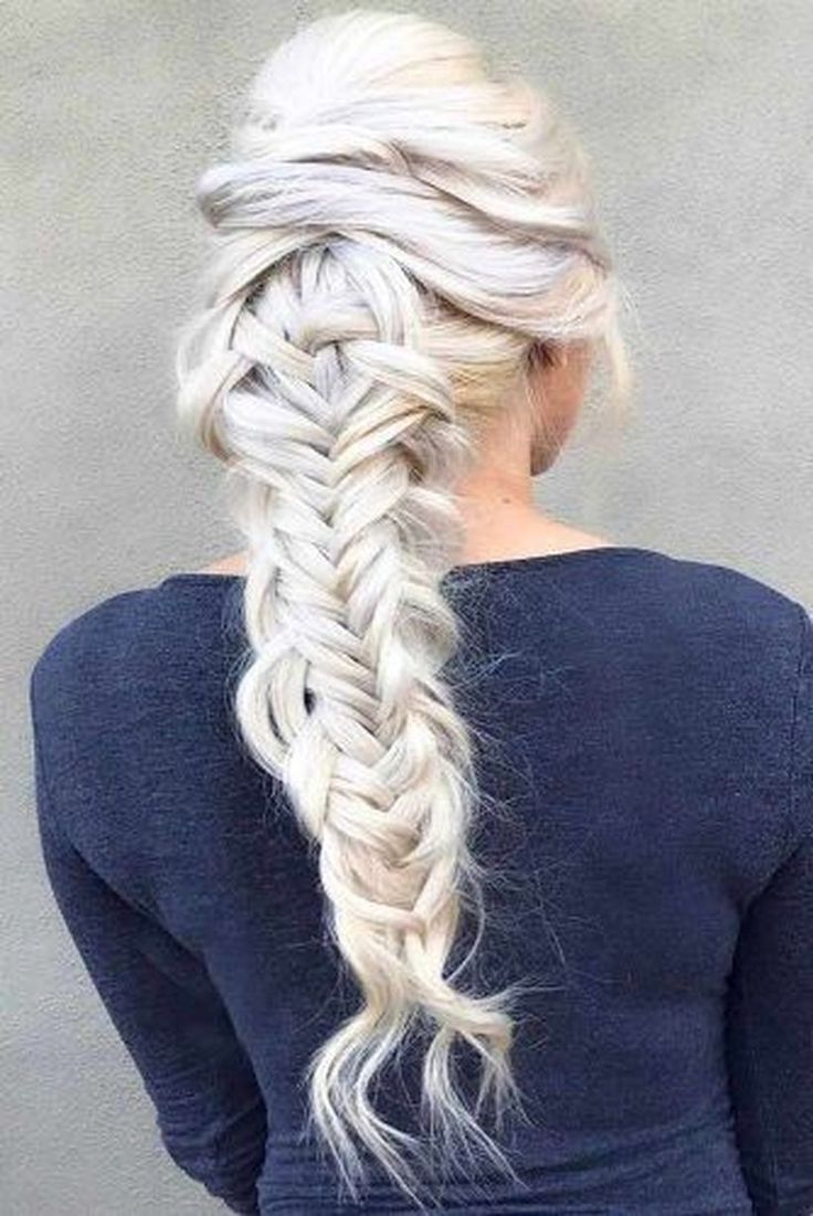 52 Cute Christmas Party Hairstyles Ideas For Girls