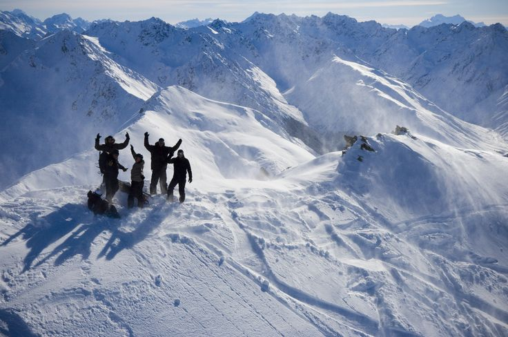 Our unique and exclusive Platinum Heliski packages offer a complete mind blowing solution for the heliski enthusiast.