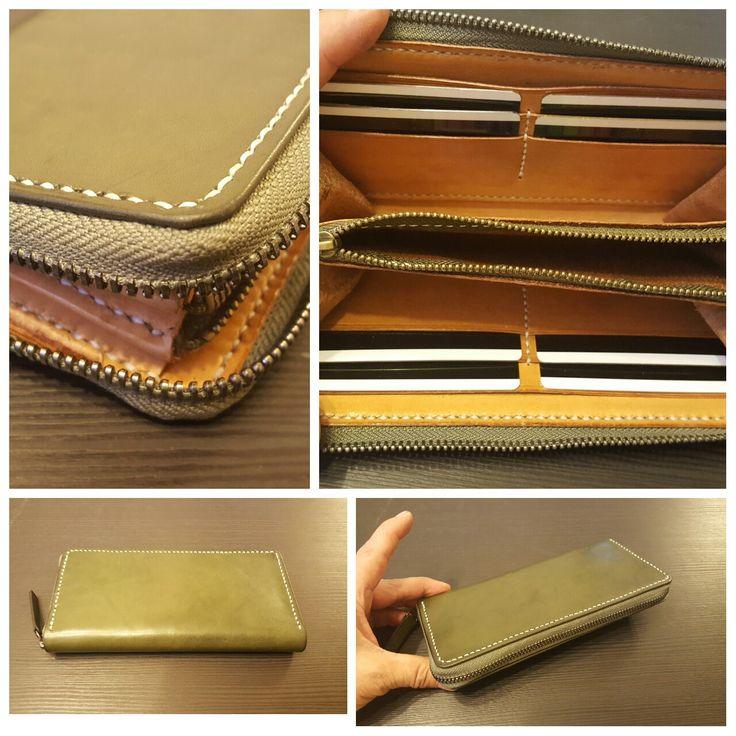 Leather Passport Case - purple diagonal lines by VIDA VIDA tc99nNo