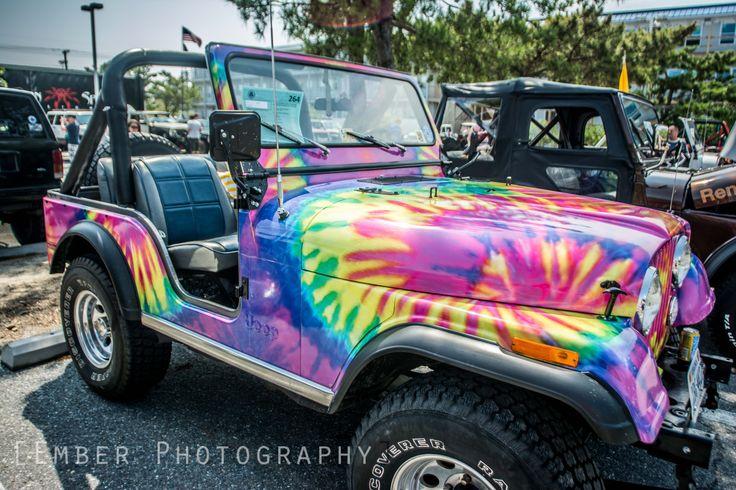 rainbow/Tie Dye jeep wrangler!