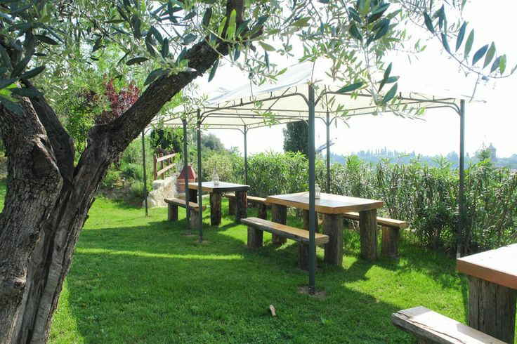 #Lastminute From 03/05 to 24/05/2014, Euro 400,00 instead of euro 735,00.  (45% #Discount!)  Minimum stay one week, in a two roomed flat for 2/4 people. Heated outdoor pool included! Enjoy! #Agriturism #GardaLake, #lakeview, #pool, #kids #playground, #enoteca, #relax