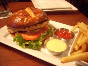 Turkey Burger is listed (or ranked) 2 on the list Ruby Tuesday Recipes