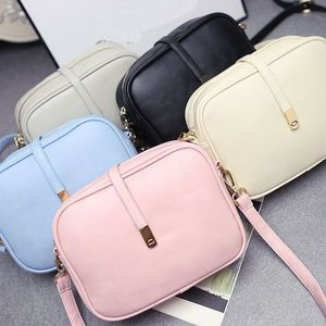 different colors PU Leather shoulder for girls summer styles bolsas de mensajero from China
