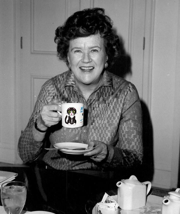 Julia Child knows good coffee! Merrily sipping from her Justin mug.