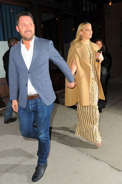 Kate Hudson gets spotted out with another man amid Nick Jonas dating rumors.