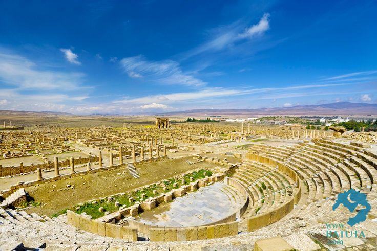 أجمل-الصور-السياحية-في-الجزائر---مدينة-تيمقاد-الأثرية-الرومانية-الواقعة-بولاية-باتنة-في-الجزائر