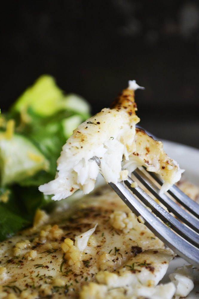 Garlic dill baked flounder - Aromatic garlic, mild dill, and sweet browned butter. Yep -- perfect, tasty, AND easy.