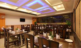 Relax yourself in a deluxe and royal hotel near airport. Hotel Impress is a pristine budget hotel near airport that has been aesthetically built with state of the art amenities and a pragmatic and dedicated staff, leading to a happy stay.http://www.hotelimpress.com/
