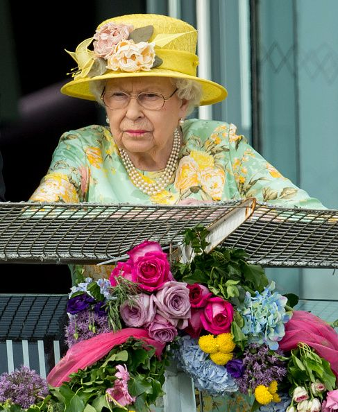 Royal Family Around the World: Britain's Queen Elizabeth II Attends the Epsom Derby Festival - Derby Day at Epsom Downs on June 3, 2017 in Epsom, England.