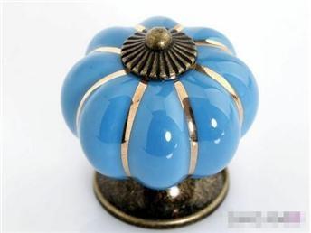 Vintage nya blå porslin färgade 6st pumpar knoppar på Tradera. Handtag