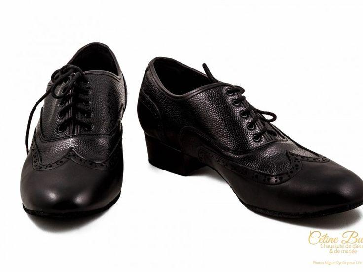 Chaussure de danse et de mariage homme. Haut de gamme, fabrication française, 100% personnalisable. Souple et confortable. Cuir noir lisse et grainé.