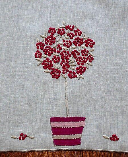 Em's Heart Linens -Vintage Madeira Marghab Embroidered Towels Rose Tree