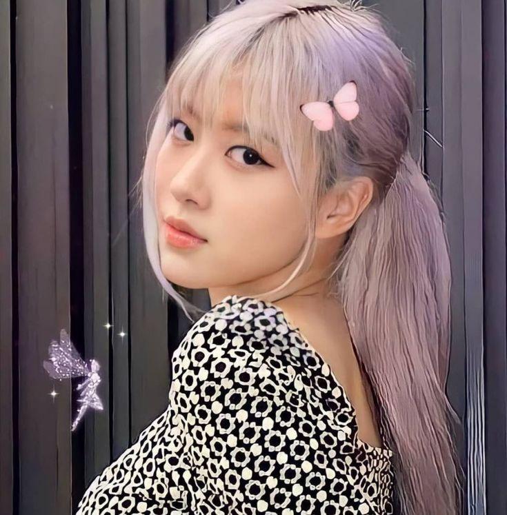 jennie nie bg 😼 di 2021 | Gaya rambut putri, Foto teman