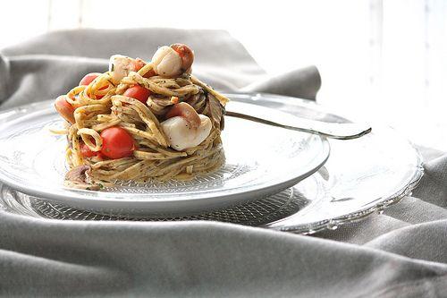 La tana del coniglio: Tagliolini al tartufo con capesante e champignons