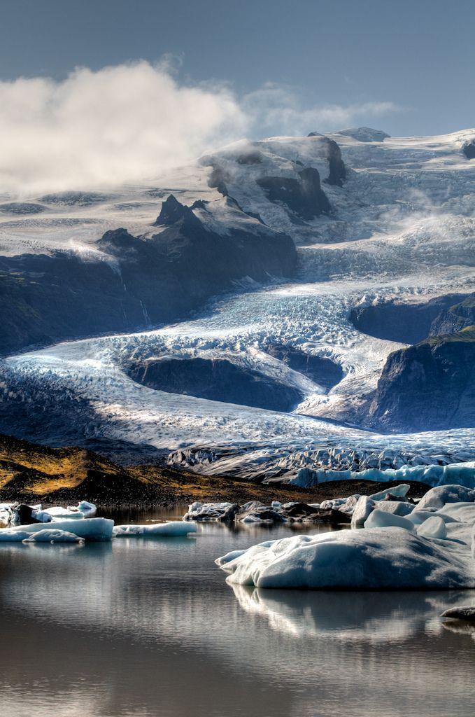 between Skaftafell and Jokulsarlon, a small glacier lake at Vatnajokull | Svava Sparey Yoga Holidays #iceland