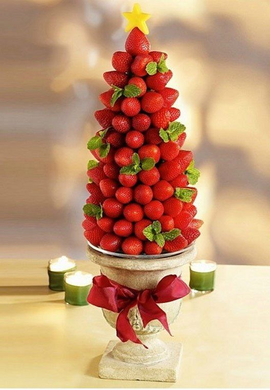 Christmas trees from fruits and vegetables