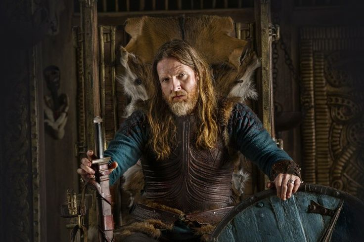 King Horik (Donal Logue) is an important Scandinavian King and Viking ruler who is determined to have Earl Ragnar as an ally and supporter. He makes a deal with Ragnar Lothbrok in which the warrior will help defend his land from Jarl Borg, his advancing rival.