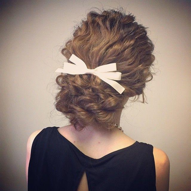この画像は「花嫁さん必見!最高に可愛くなれる*髪型カタログ」のまとめの9枚目の画像です。