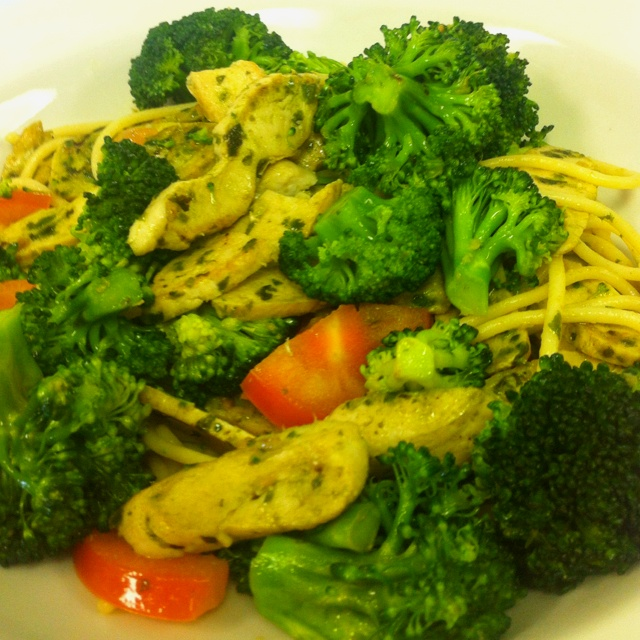 Chicken and Broccoli Primevera.