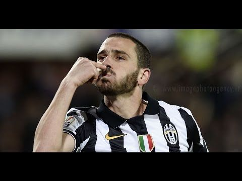 Italy centre-half Leonardo Bonucci scored a sublime solo goal as Juventus blew Genoa away in a 4-0 win at home on Sunday