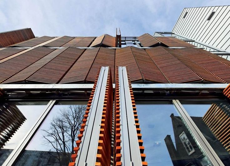 Hunter Douglas ofrece persianas correderas con una estética arquitectónica que…