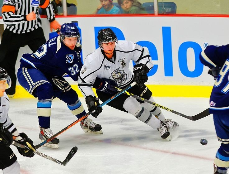 5 Puck-Moving Defensemen Available in the 2015 NHL Draft - http://thehockeywriters.com/5-puck-moving-defensemen-available-in-the-2015-nhl-draft/